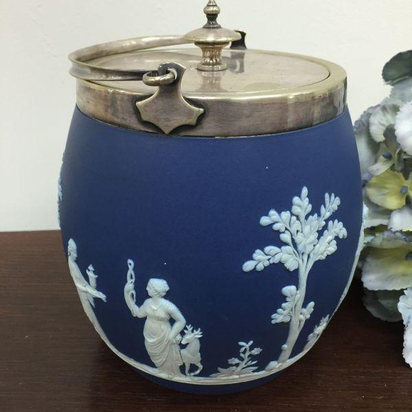 Rare Antique Wedgwood Cobalt Blue Jasper Design Biscuit Barrel - p40w View6