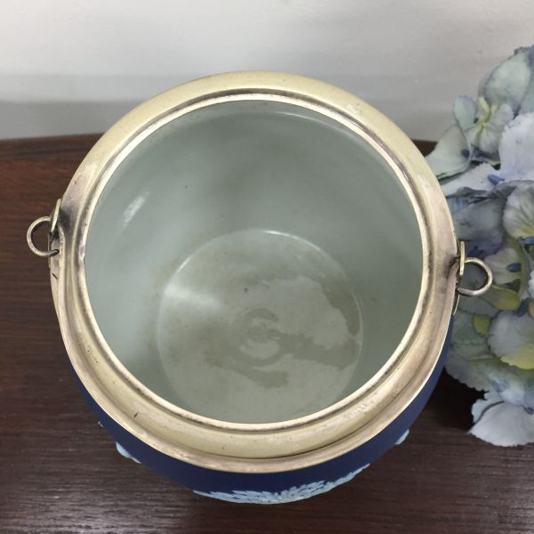 Rare Antique Wedgwood Cobalt Blue Jasper Design Biscuit Barrel - p40w View8